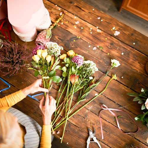 hacer ramo de flores DIY