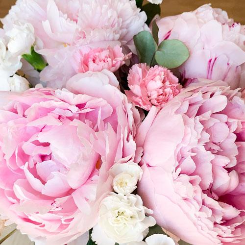 Ramo de Peonías Rosas 1