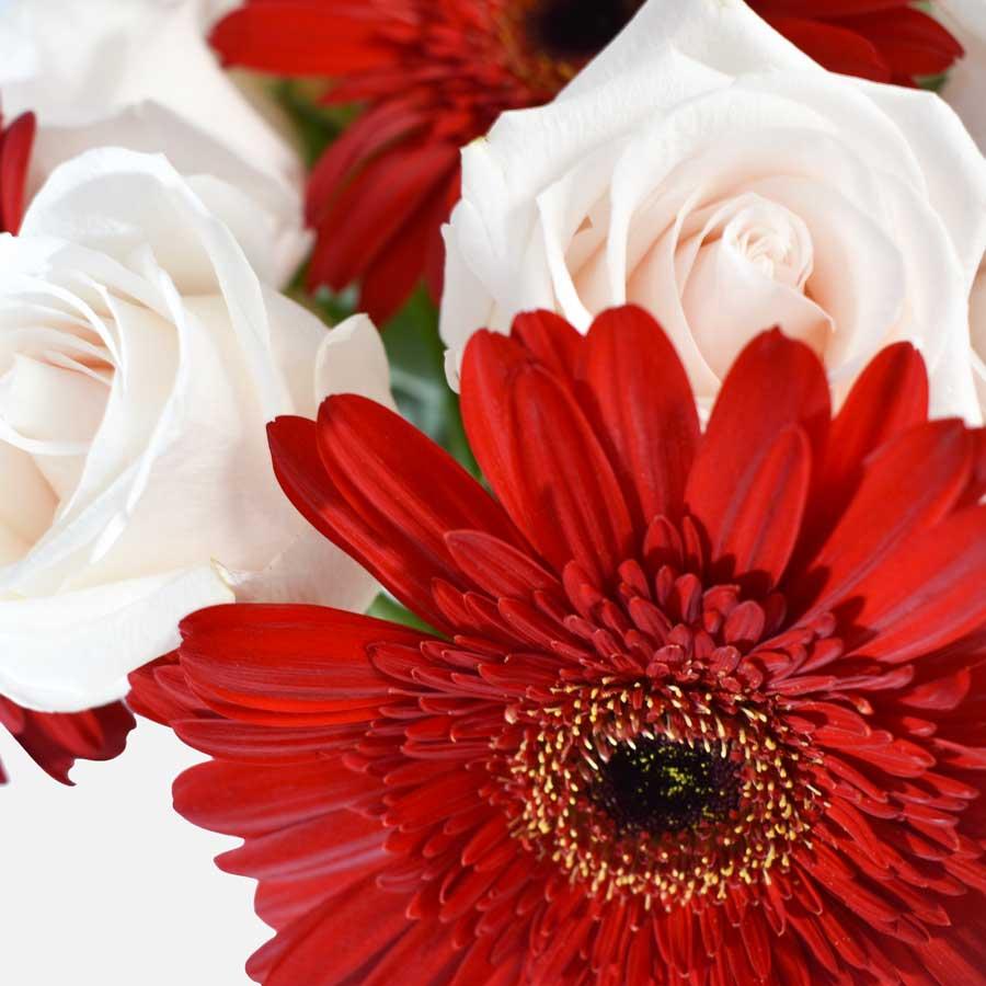 ramo de flores elegantes